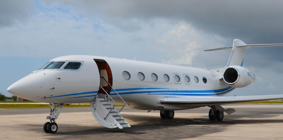 Gulfstream jet plane